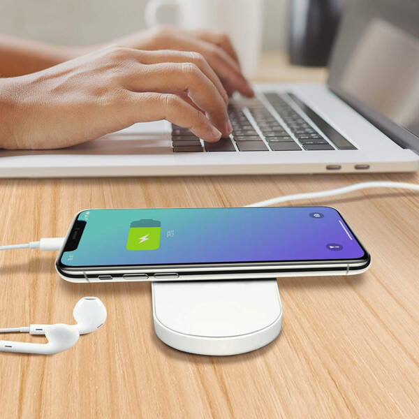 2-in-1 Qi Wireless Charger für Smartphone und Apple Watch